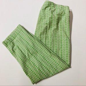 Hanna Andersson 140(10) green leaf capri leggings